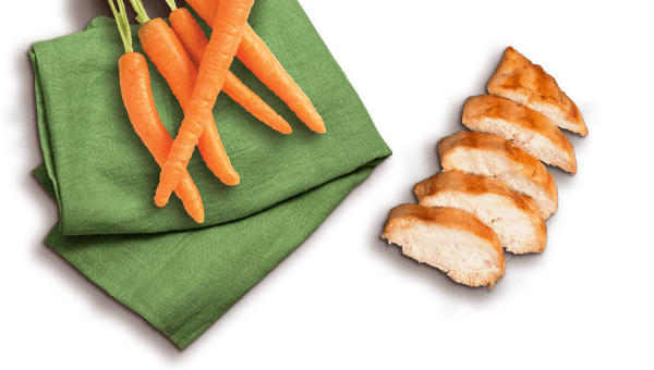carrots and grilled chicken slices